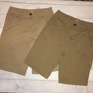 🛍Lot of 2 Boy Khaki Shorts size 16 True Craft
